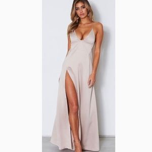NWT white fox boutique run free maxi
